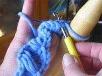 Đan khăn mẫu hoa cúc Broomstick-grund-12