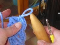 Đan khăn mẫu hoa cúc Broomstick-grund-13