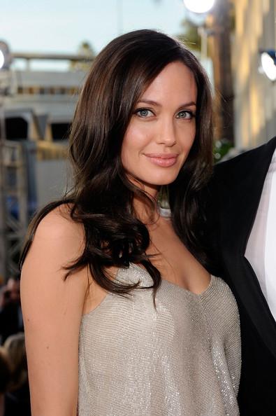 Angelina Jolie / ანჯელინა ჯოლი - Page 2 Afa8f3063f1c7e33b336b77e82124a9e