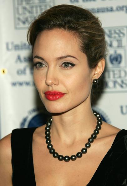 Angelina Jolie / ანჯელინა ჯოლი D6c0fe16cbdc0195b168df3f907bbebe