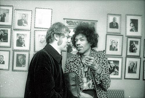 Stockholm (Konserthuset) : 8 janvier 1968 [Premier concert] 911f1777e8c4e644f912f1dd1aaf49f8