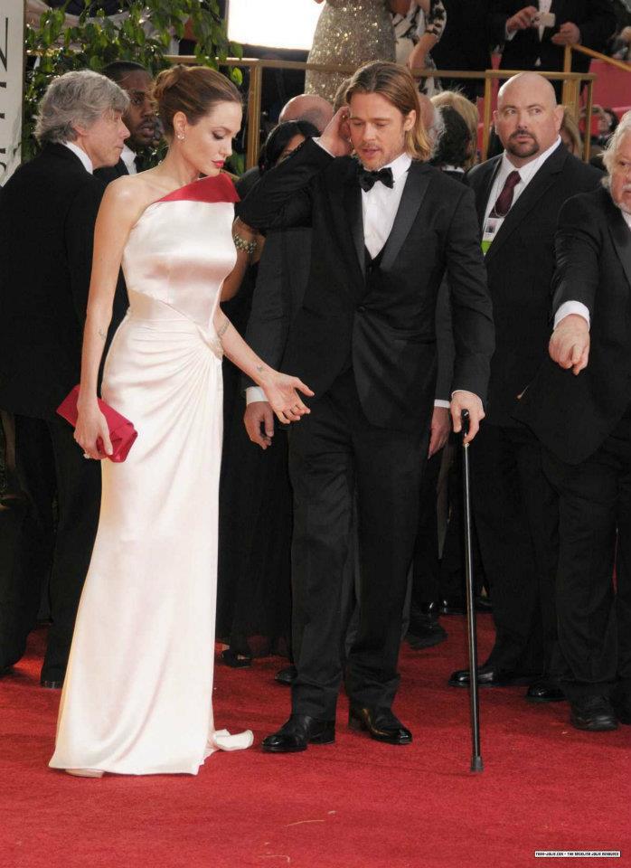 Angelina Jolie / ანჯელინა ჯოლი - Page 2 Db4044b2862c0d9d36e9369d782150f9