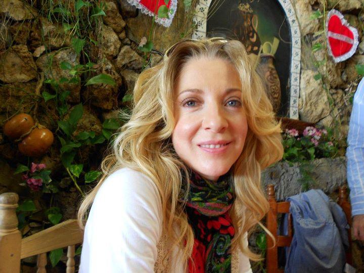 Эдит Гонсалеc/Edith Gonzalez - Страница 11 Bc85c07edc29322024561f4cf1921704