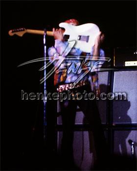 Madison (Dane County Memorial Coliseum) : 2 mai 1970   7d9a0ede497d801f8382bb48f2f0ba1b