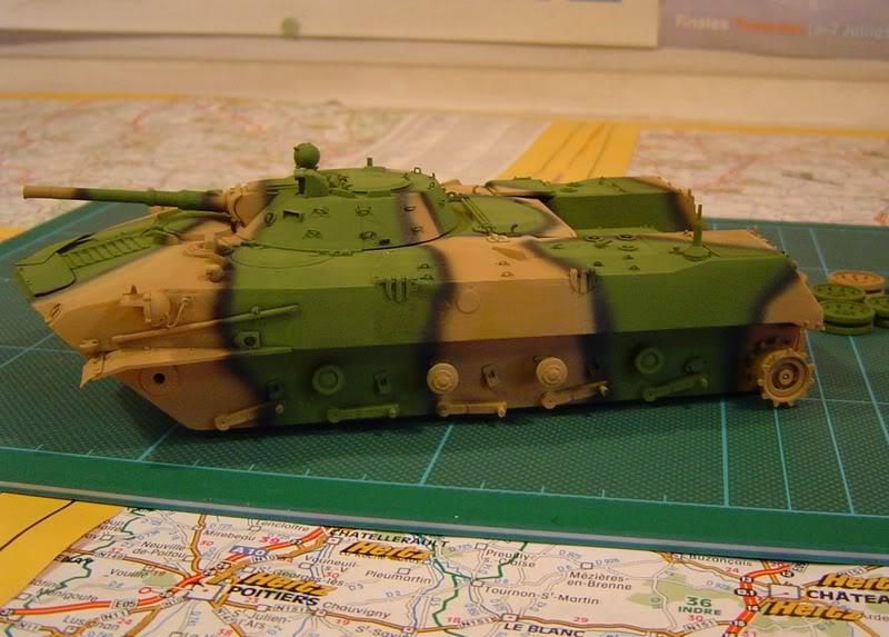 l'Ural et le BMD1 P avancent DSC00696