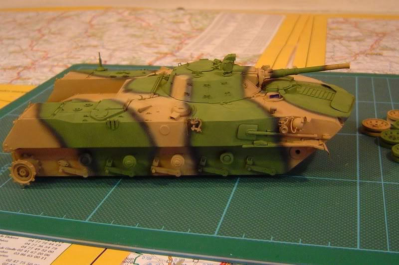 l'Ural et le BMD1 P avancent DSC00699