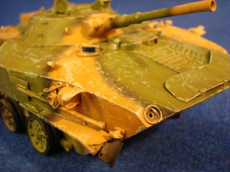 l'Ural et le BMD1 P avancent DSC01851