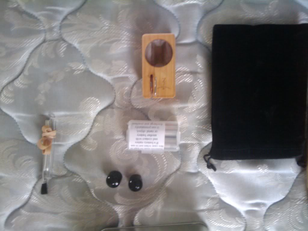 My vaporizer came in the mail today. 2010-06-16104325