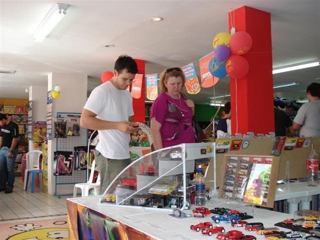 FOTOS DO ENCONTRO NA LOJA KID+ EM LONDRINA - 08/11/08 AMIGOS13