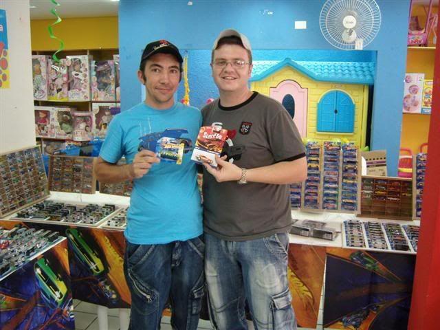 FOTOS DO ENCONTRO NA LOJA KID+ EM LONDRINA - 08/11/08 AMIGOS21
