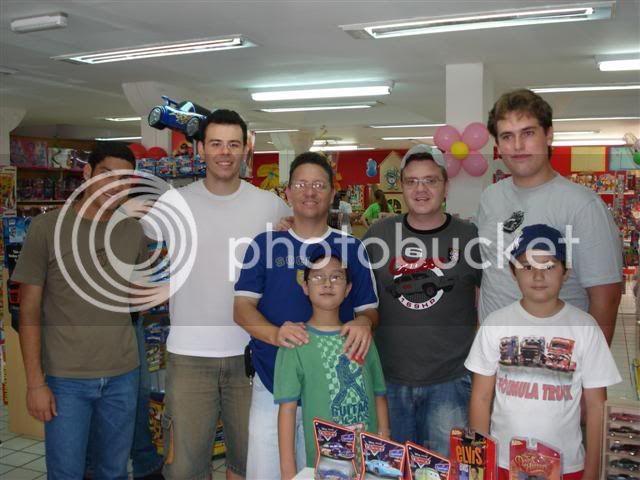FOTOS DO ENCONTRO NA LOJA KID+ EM LONDRINA - 08/11/08 AMIGOS8