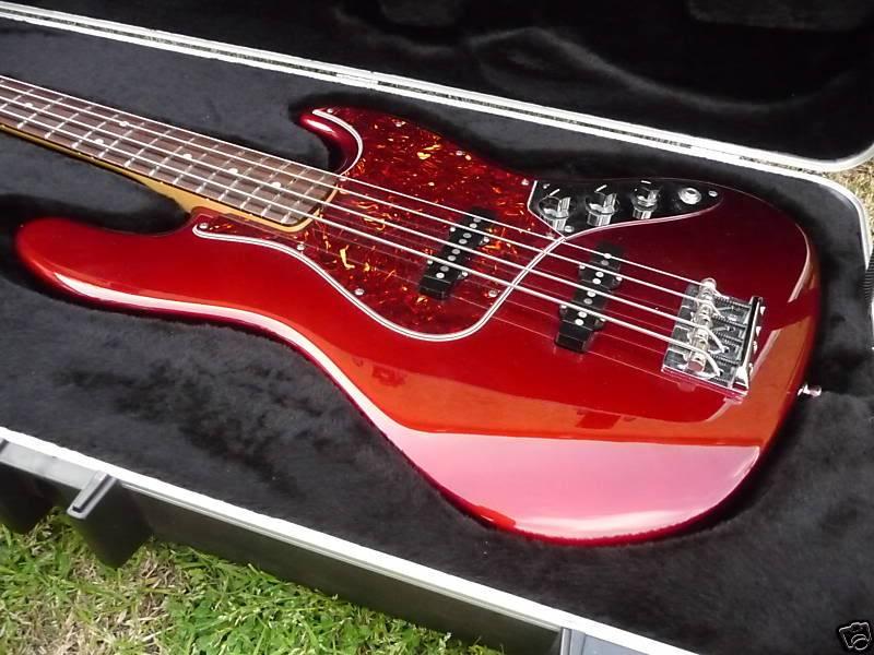 Clube Fender - Topico Oficial (Agora administrado pelo Maurício_Expressão) - Página 5 JazzBass
