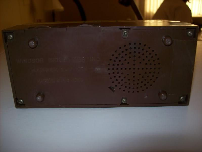 Windsor Industries Inc. Specialty Radios 026