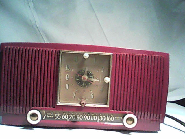 Clock Radio Repair REDGERADIO_zps6ea1156b