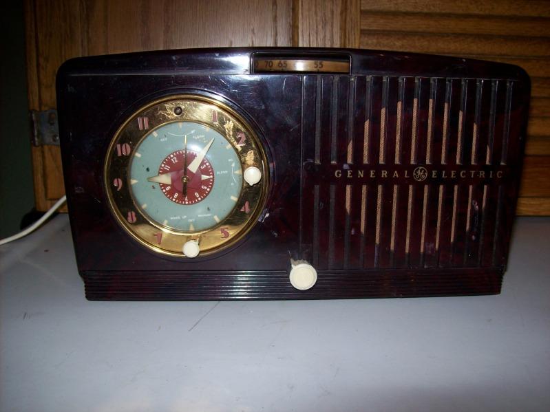GE Clock Radio Pics2012046