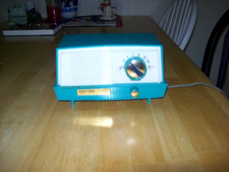 Oxford model 690 Radio002_zps8671a24a