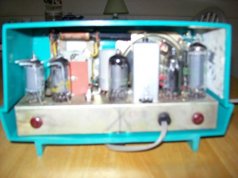 Oxford model 690 Radio003_zps047ac0a6