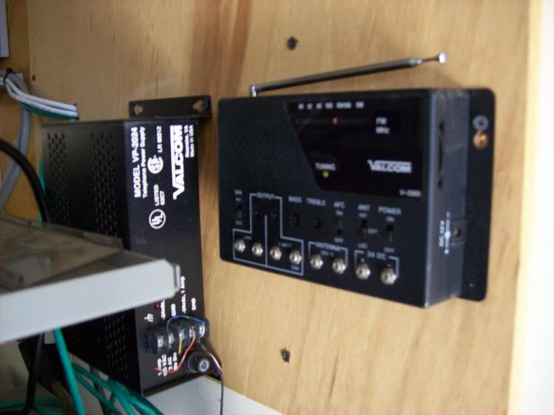 radios Used With Phone Systems And Paging Systems Radio009_zps928c8386