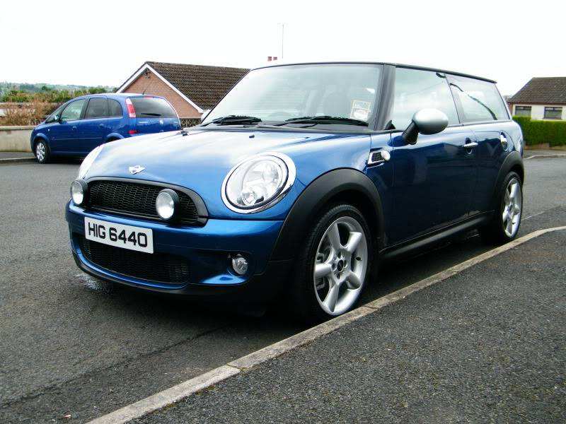 Megs G220 VS MINI Clubman DSCF4618