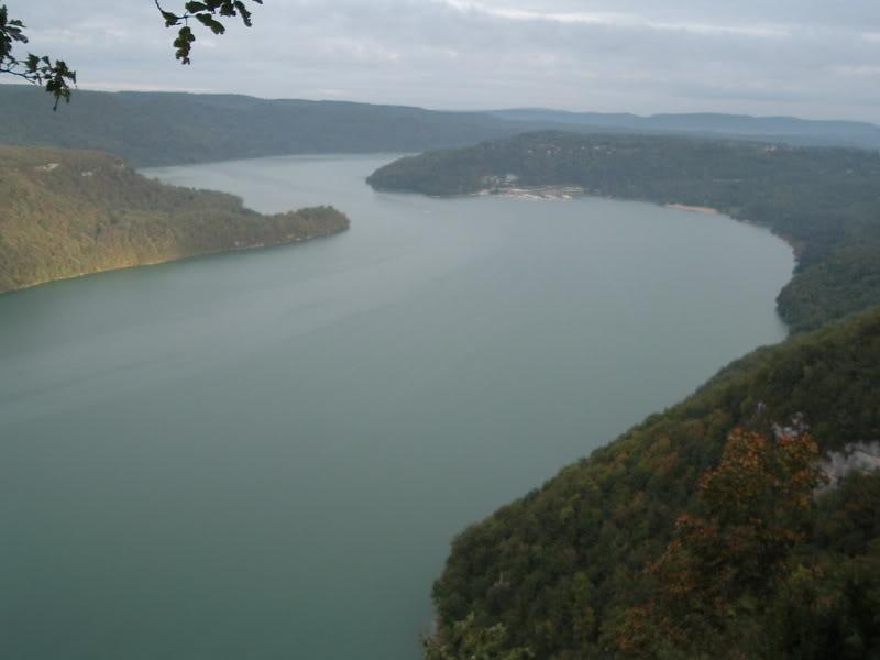 Jura (39) : mise a l'eau lac de vouglans Lacvouglans001-2