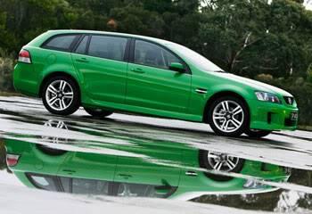 snotz Holden-Commodore-wagon-green-4