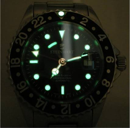 Post your lume shots Watches018-3