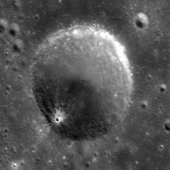 Chandrayaan-1, la sonde lunaire indienne, ne répond plus Image