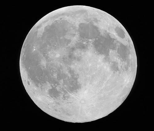 Sobre influencia lunar; lunáticos y mito de los lobizones u hombres lobo Lunallena