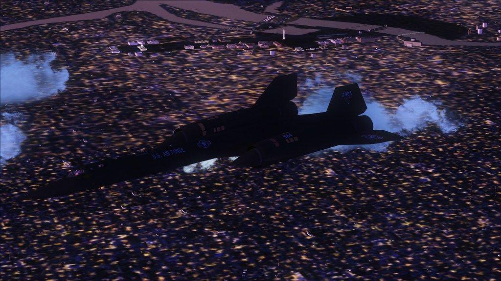 Indo para a maior feira militar  Mini--2012-jun-15-028