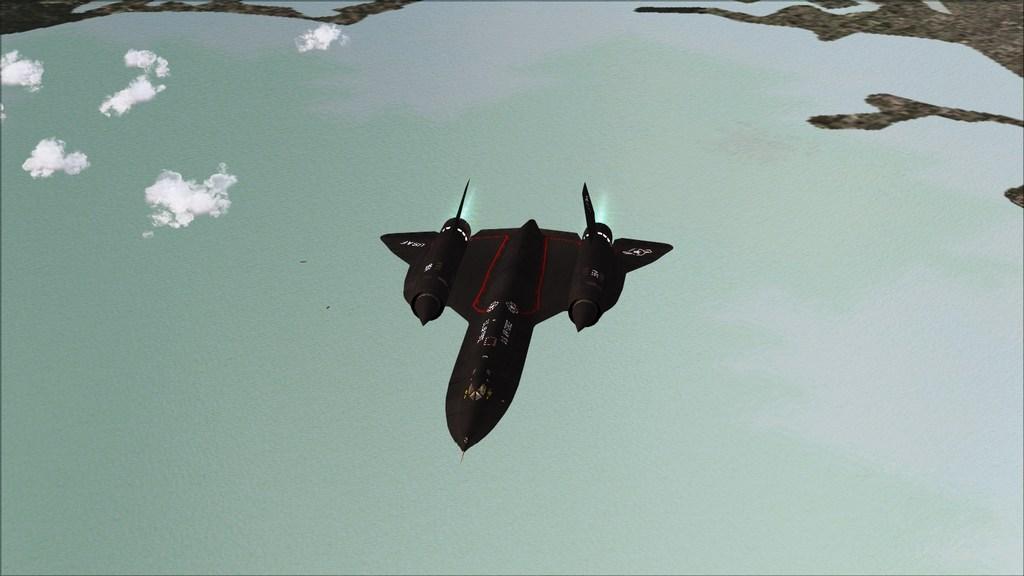 Indo para a maior feira militar  Mini--2012-jun-15-031