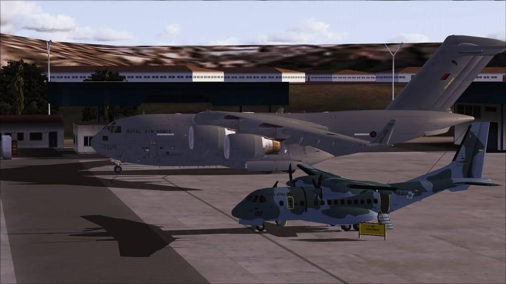 BASP - Lynehan AFB com o C-17 da RAF Mini--2012-jun-3-002