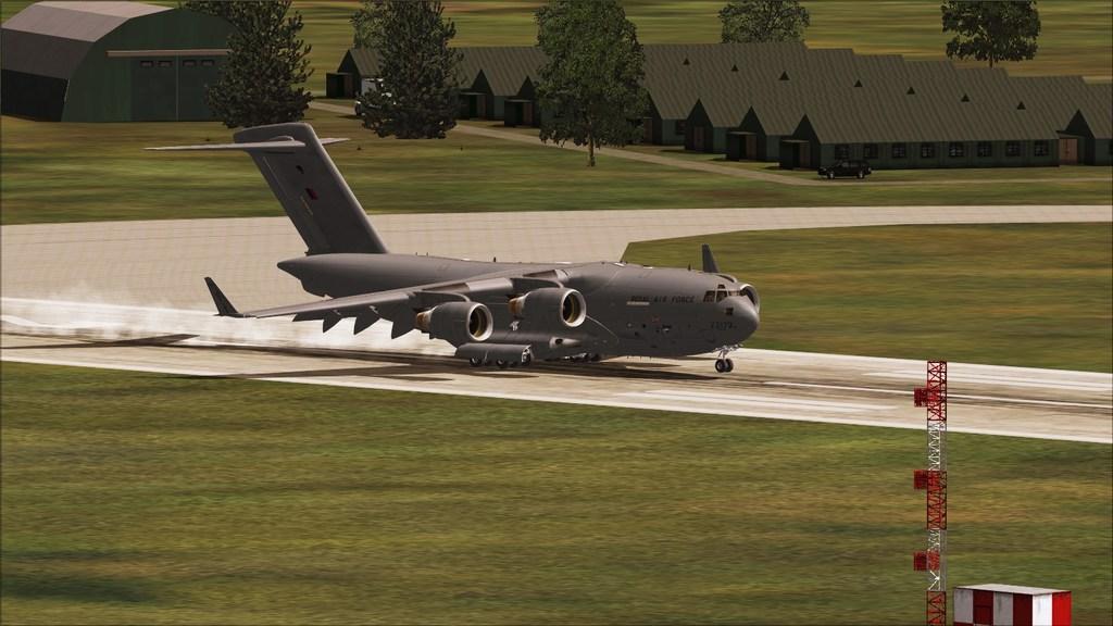 BASP - Lynehan AFB com o C-17 da RAF Mini--2012-jun-3-085