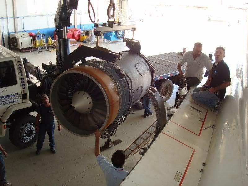 motor ingere um parafuso Mini-DSC02373