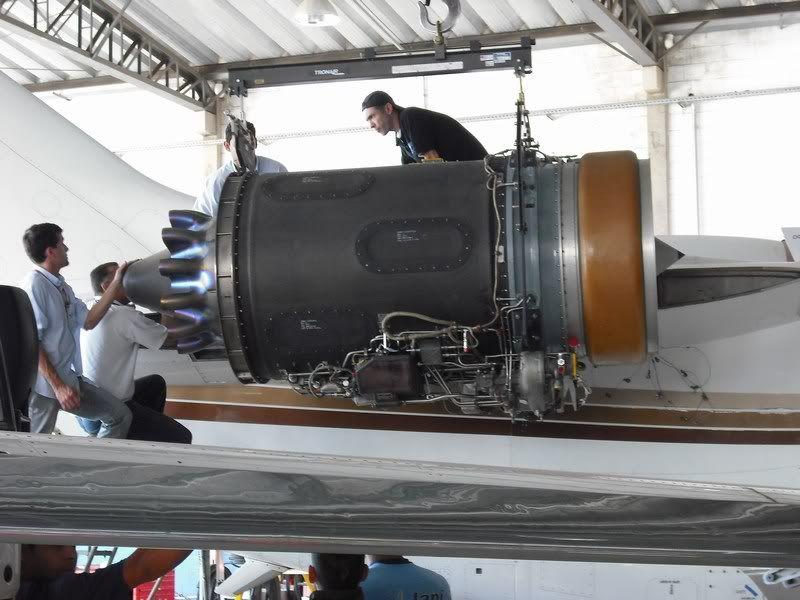 motor ingere um parafuso Mini-FOTOSDAMAQUINA235