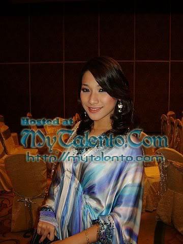 Gambar Panas Sharifah Jasmine Soraya, Peserta Gadis Melayu Musim Ke-2 Bersosial! 2-33