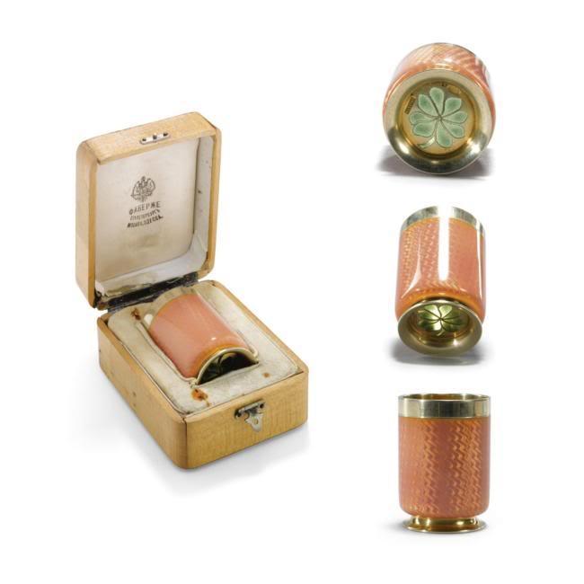 Casa Fabergé - Página 2 L07116-529-lr-1