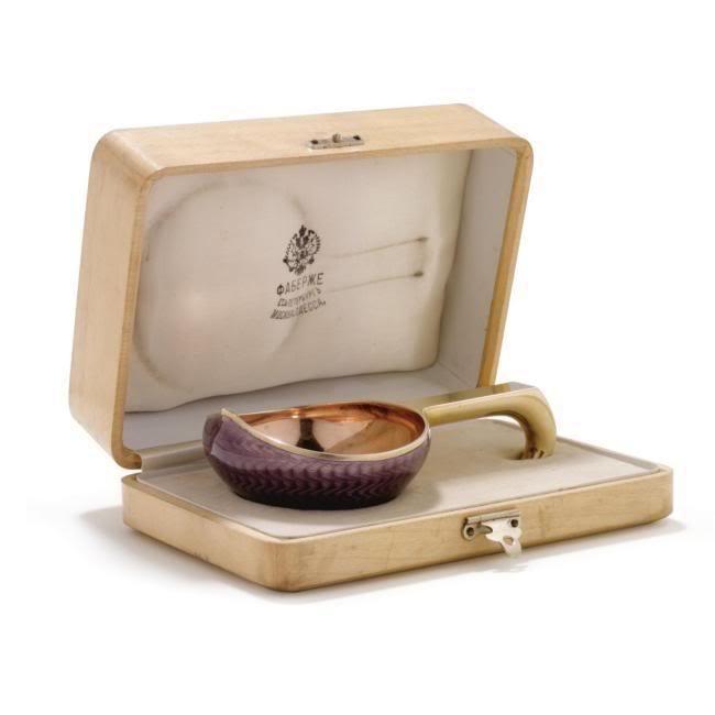 Casa Fabergé - Página 6 L07116-548-lr-1