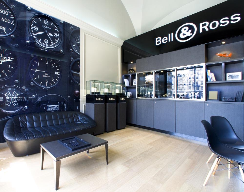 B&R Boutique, Prague... BellRoss-07_zps823d45e0