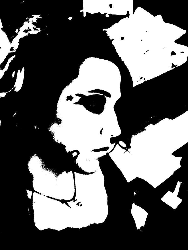 Je m'essaie en création virtuelle Blackandwhite1-1