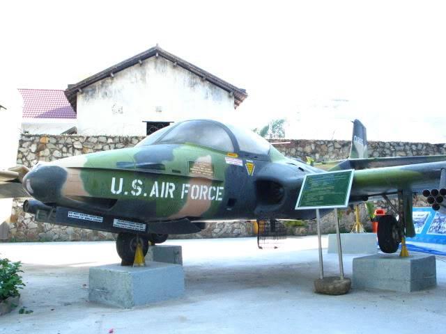 Vietnam War Remnants Museum, Saigon 013-1