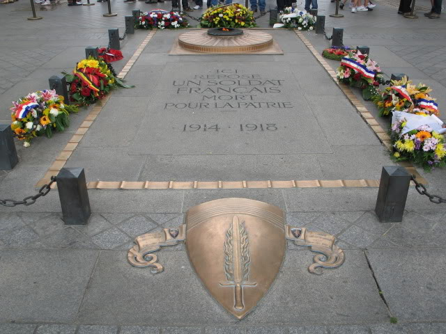 French War Memorials... 015-8