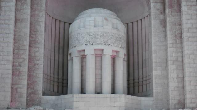 French War Memorials... 077-1