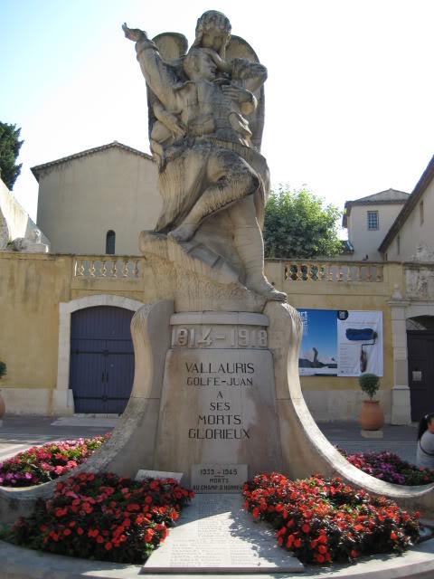 French War Memorials... 078