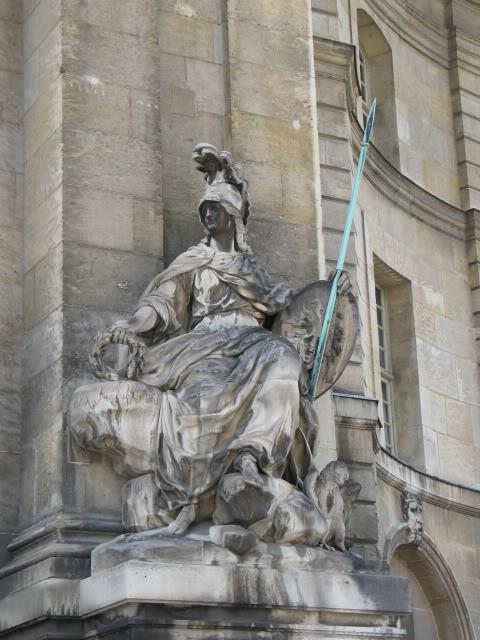 Musee De Armee, Hotel National Des Invalides, Paris  142-3