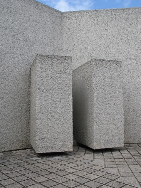 French War Memorials... 370