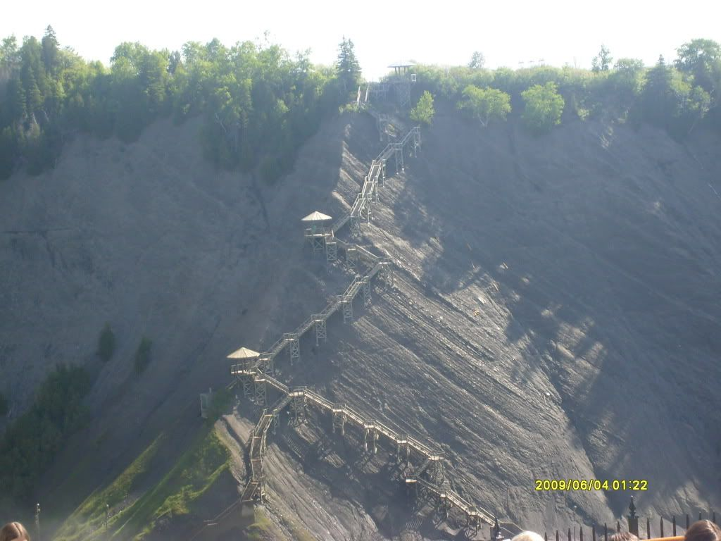 Real Life Pictures! - Page 2 Quebec37-TheStairsoftheCliff