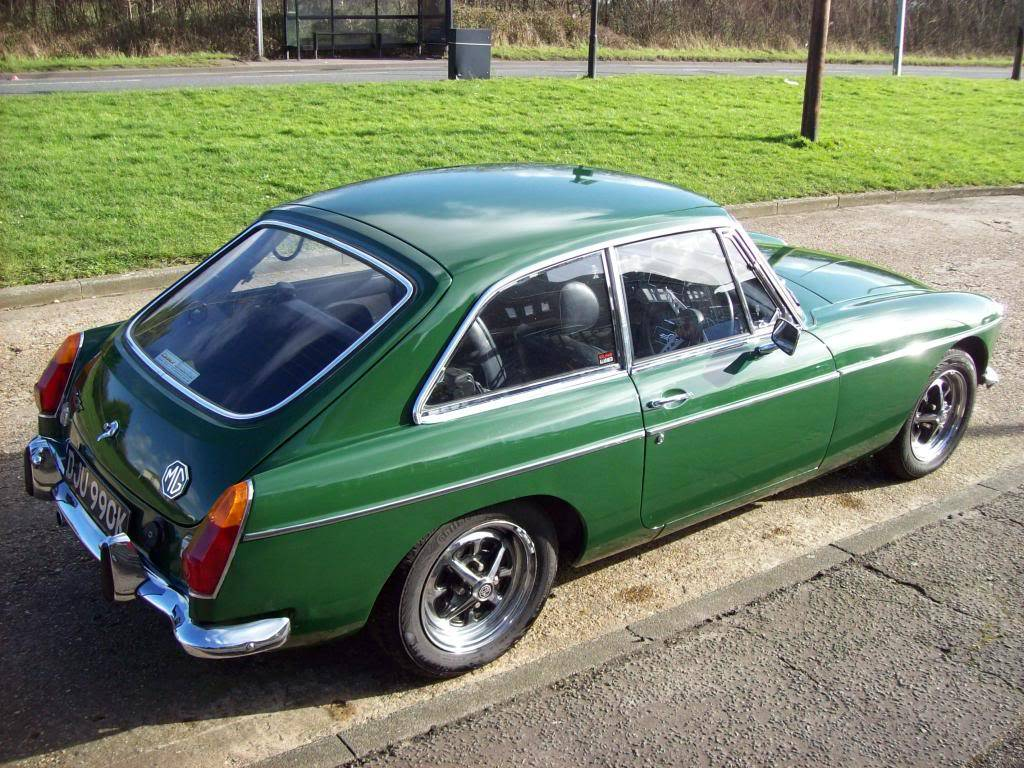 MGB GT 1972 Automatic NOW SOLD 100_6979_zpsfb998844