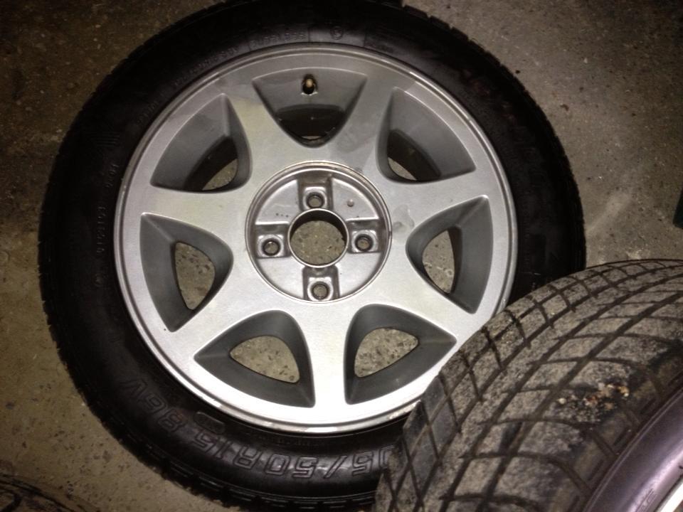 CCI Brooklands Replica Wheels & Tyres 1175324_10151836050521183_1668155674_n_zps7c7e40fc