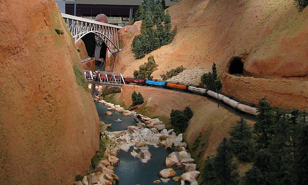 Keighley Model Railway Show 2015-03-21%2012.40.55_zpsr2px4jvm