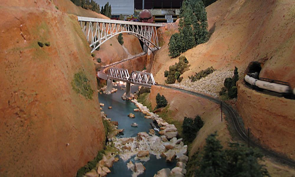 Keighley Model Railway Show 2015-03-21%2012.41.11_zpswvhqx8js
